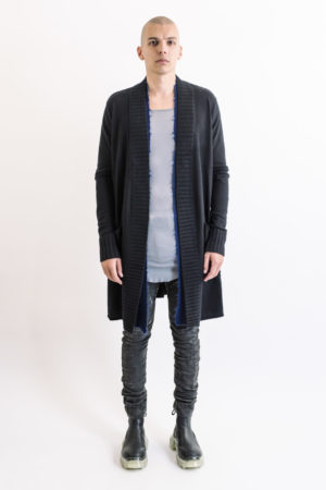 Ziggy Chen Long black cardigan/blue layer collar